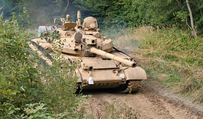 Panzer fahren T55 in Steinhöfel