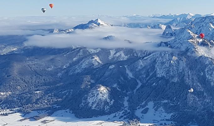 Gutschein für Ballonfahrt in Alpen