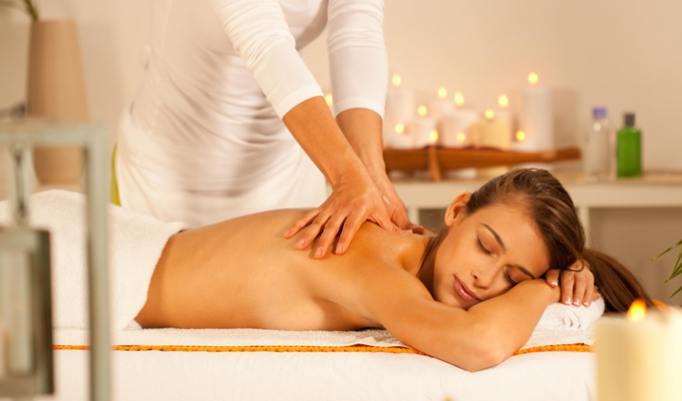 Massage mit Aroma Ölen verschenken