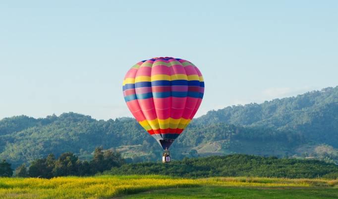 Heißluftballon in Neuss