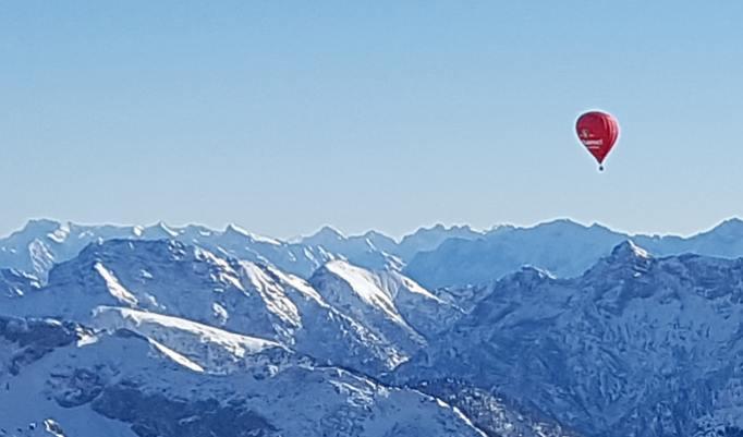 Alpenballonfahrt in Reutte im Sommer