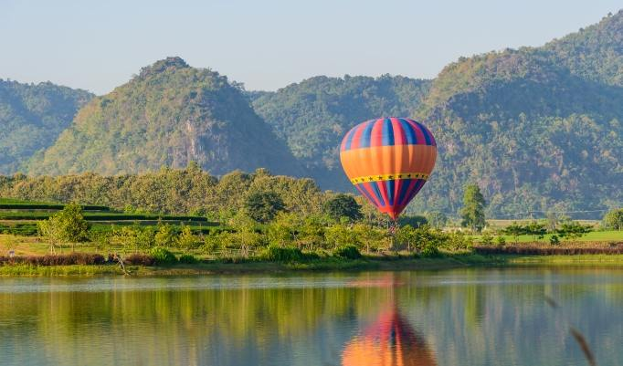 Gutschein zum Heißluftballon fliegen