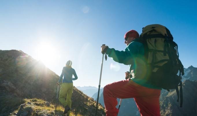 Bergwanderung mit Sonne