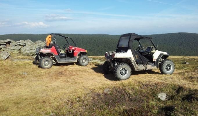 Buggy fahren im Gebirge