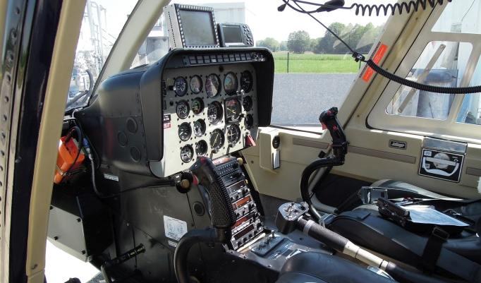 Kopilot eines Hubschraubers in Mühldorf am Inn