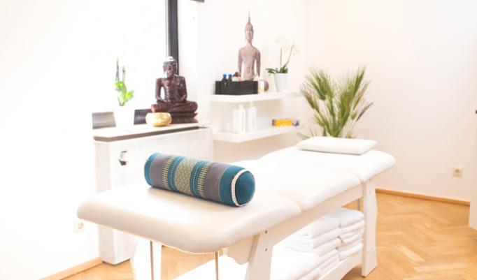 Gutschein für Rückenmassage und Gesichtsreinigung