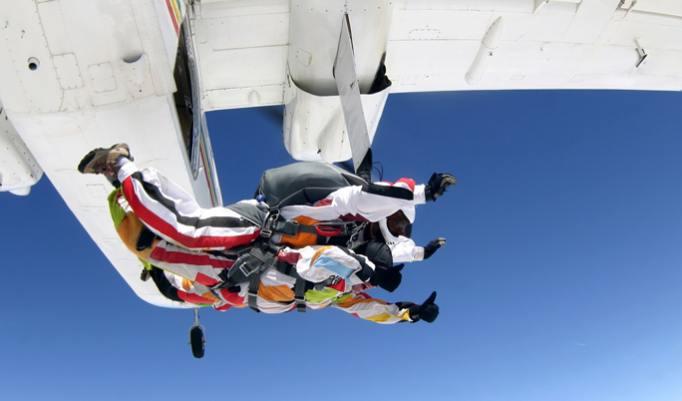 Gutschein für Tandem Fallschirmspringen im Raum Winsen (Aller)