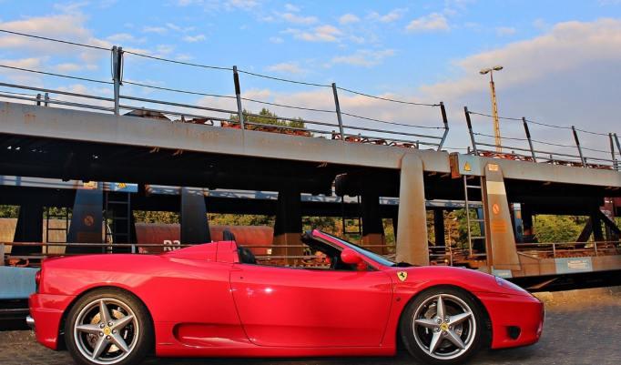 Ferrari 360 selber fahren in Frankfurt am Main - 30 Minuten
