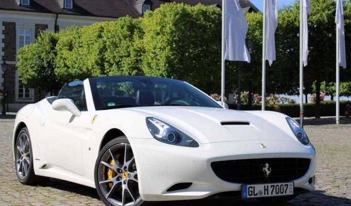 Ferrari California 30 selber fahren - zwei Stunden