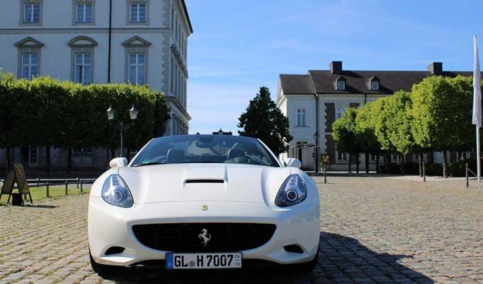 Ferrari California 30 selber fahren - 60 Minuten