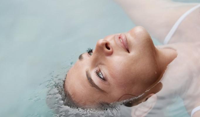 Floating im Salzbad
