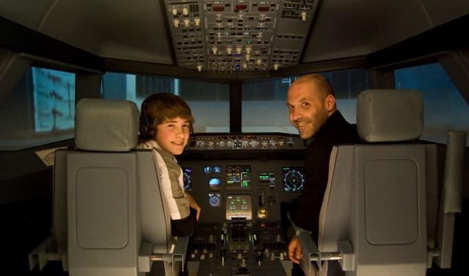 Fliegen lernen in Mannheim im Simulator für Mann und Frau