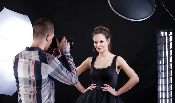 Frau beim Fotoshooting