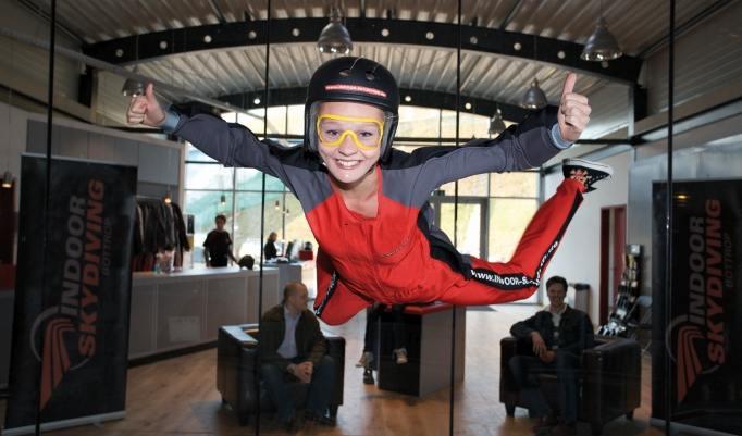 Mädchen Bodyflying