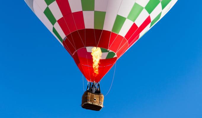 Sightseeing im Heißluftballon für Pärchen