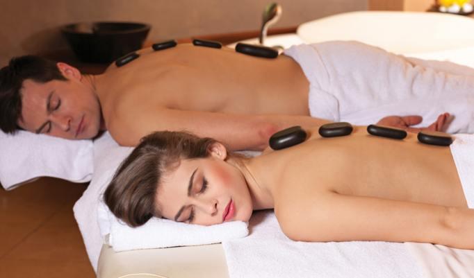 erholsame Hot Stone Massage für Sie und Ihn