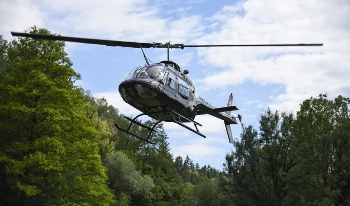 Hubschrauber fliegen in Mühldorf am Inn