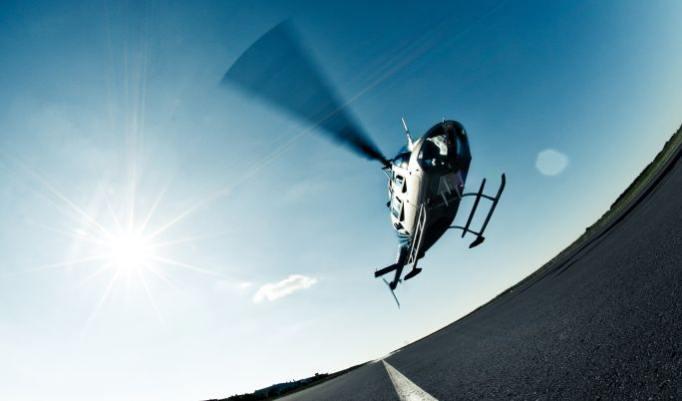 Hubschrauber fliegen in Burbach