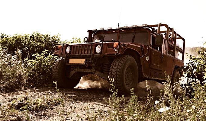 Hummer fahren in Horstwalde