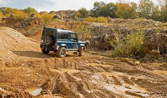 Jeep im Gelände