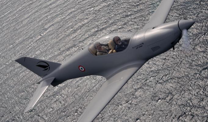 Kampfflugzeug-Erlebnis - 30 Minuten im Raum Oldenburg