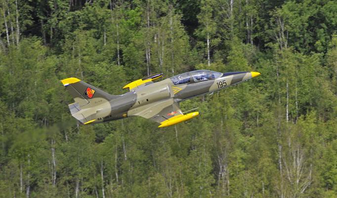 Kampfjet fliegen in Paderborn