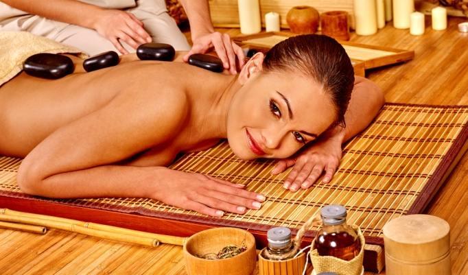 Hot Stone Massage in Chemnitz