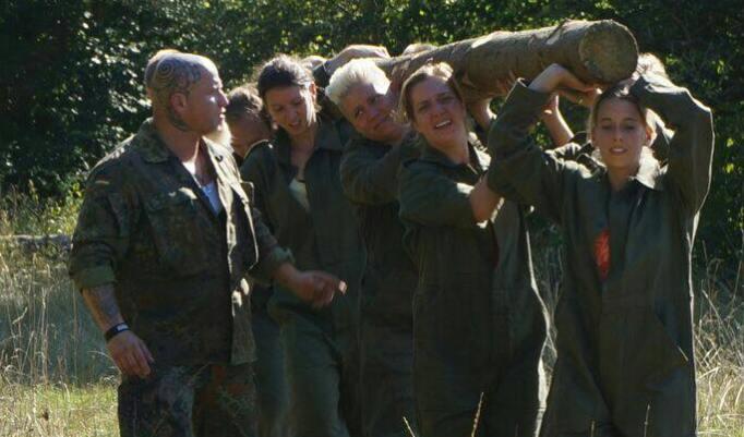 Frauen Gruppe trainiert