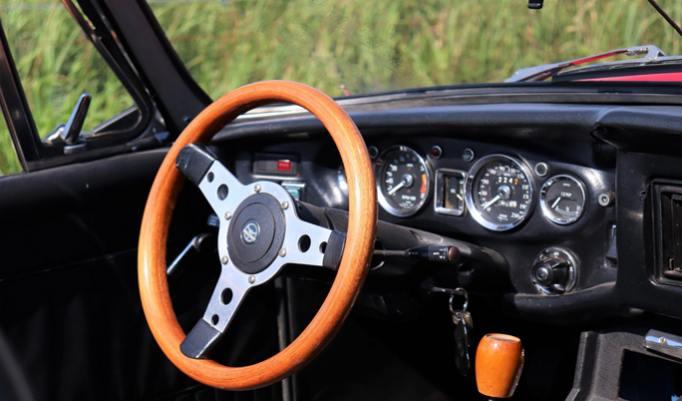 MGB Roadster Innenraum