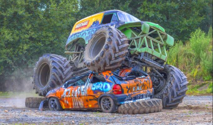 Monster Truck fahren in Lingen zu Weihnachten verschenken