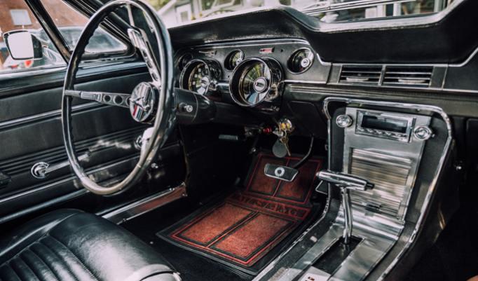 Ford Mustang 67 Innenraum