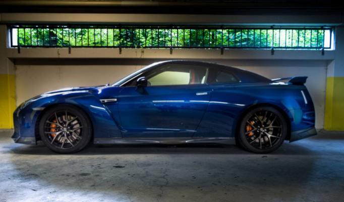 Nissan GT-R fahren