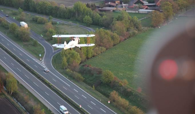 Rundflug im Doppeldecker über Leipzig oder Taucha