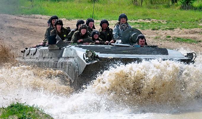 Panzer fahren in Prag