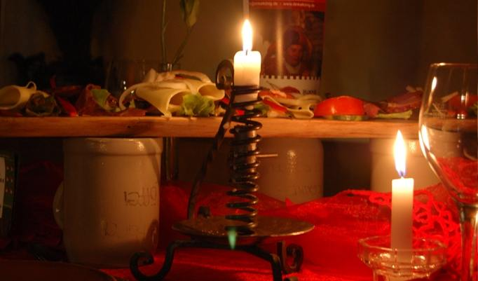 Kerzen beim Ritteressen