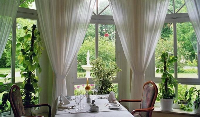 Romantiktrip mit Dinner für zwei Personen in Halle