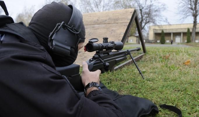Schießübung mit Sniper