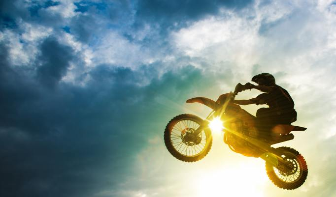 Motocross Sprung