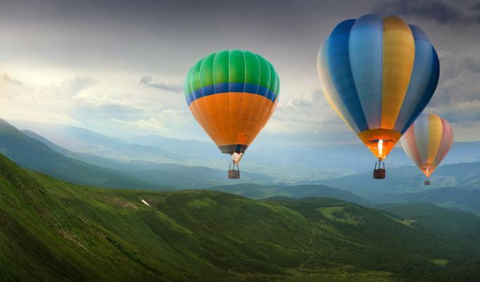Ballonfahrt mit blauem Himmel in Wolmirstedt