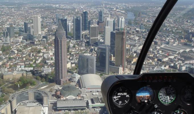 Rundflug im Helikopter in der Region Frankfurt