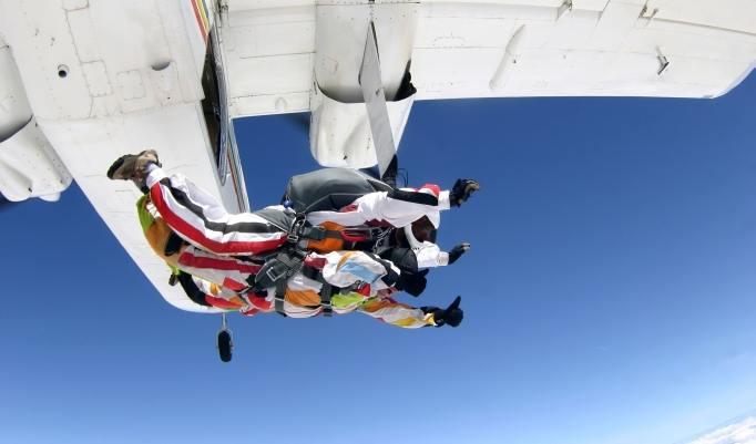 Tandem Fallschirmspringen in Dahlem