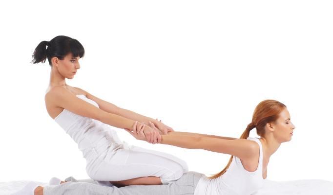 Thaimassage mit Yoga Elementen