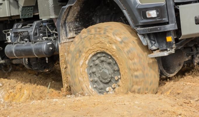 Truck im Schlamm