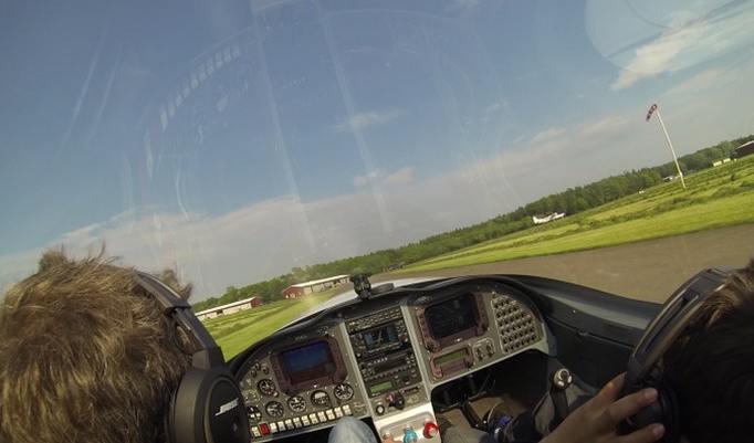 Ultraleichtflugzeug Blick aus dem Cockpit