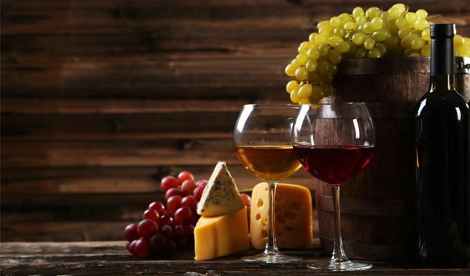 Essen beim Weinfass Dinner