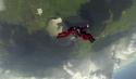 Offener Fallschirm nach dem Sprung