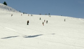 Tandem Snowboarden