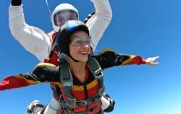 Tandem Fallschirmsprung freier Flug