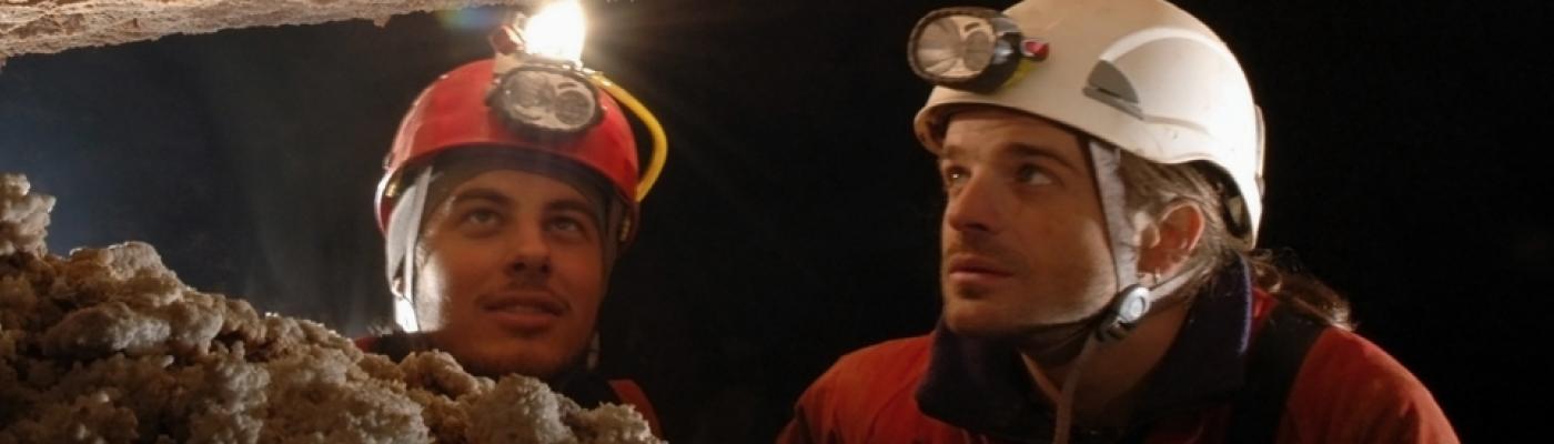Höhlen erforschen