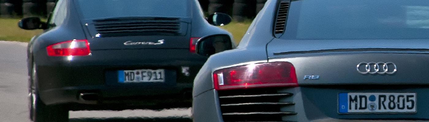 Sportwagen selber fahren auf einer Rennstrecke